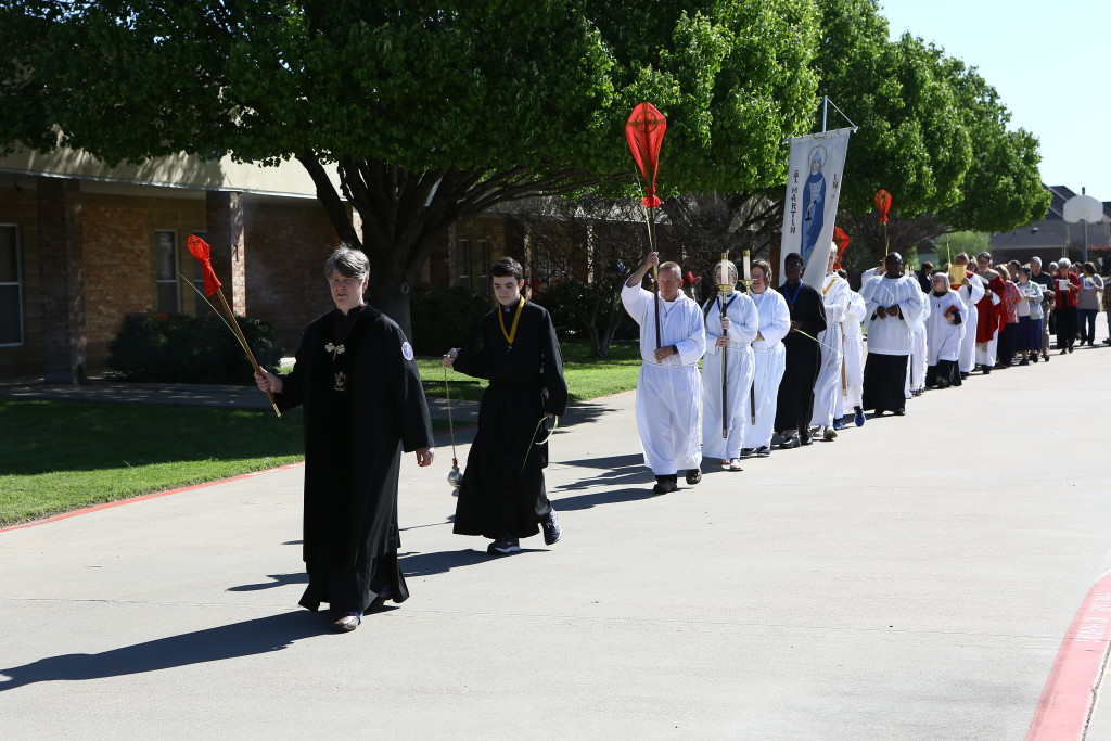Palm Sunday procession at St. Martin-in-the-Fields, Keller/Southlake